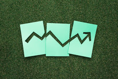 Gráfico financeiro verde Foto de Stock Royalty Free