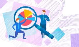 Gráfico financiero del análisis de Finance Business Data del contable de actividades bancarias de los empresarios con la lupa libre illustration