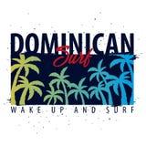 Gráfico que practica surf dominicano con las palmas Diseño e impresión de la camiseta ilustración del vector