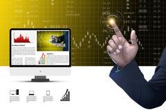 Gráfico tocante do mercado de valores de ação do homem Imagem de Stock