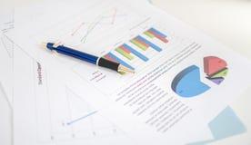 Gráficos de negócio Fotos de Stock