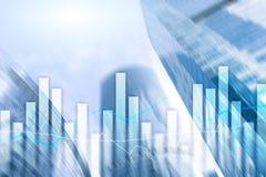 Gráficos e cartas financeiros no fundo borrado do centro de negócios Invesment e conceito de troca imagens de stock