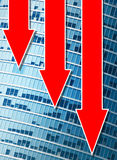 Gráficos financeiros que vão para baixo Imagem de Stock Royalty Free