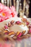 Grânulos, beadworks em um colorido, acessórios Imagens de Stock Royalty Free