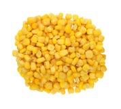 Grão amarela doce do milho isolada no branco Fotos de Stock