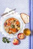 Grão-de-bico com refeição da galinha Imagens de Stock Royalty Free