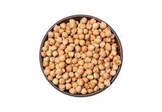 Grãos-de-bico brancos secados, Chana branco, feijões paquistaneses/indianos das lentilhas secadas do grão-de-bico, na bacia de ma imagens de stock royalty free