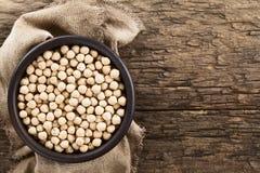 Grãos-de-bico ou feijões crus do grão-de-bico Imagens de Stock Royalty Free