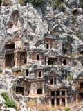 Gräber im Felsen Stockbilder