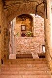 Gränd av Assisi fotografering för bildbyråer