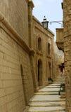 Gränd i Gozo arkivfoton