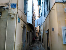 Gränd i Korfu Arkivfoton