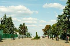 Gränd nära den ukrainska parlamentet Arkivbilder