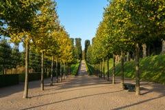 Gränden i den Frederiksborg slotten parkerar Arkivbild