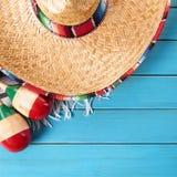 Gräns för bakgrund för Cinco de mayo mexikansk sombreroblått Royaltyfri Bild