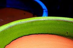 Gräsplan- och blåttkrukor Royaltyfria Foton