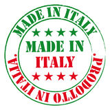 Gräsplan och röd stämpel Gjort i den Italien etiketten Royaltyfri Bild