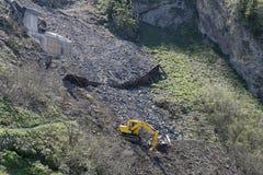 grävskopamadeira berg portugal royaltyfria bilder