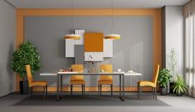 Grå färger och orange matsal royaltyfri fotografi