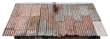 Grå färger och röda åldriga brutna paneler av tegelplattor för en asbest på skjuliso Arkivbild