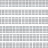 Grå randig halvton av fyrkanter på vit stock illustrationer