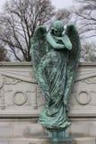 Gråta Angel Statue Royaltyfri Foto