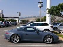 Grått färgmintkaramellvillkor Porsche 911 Carrera 4, Lima Arkivbilder
