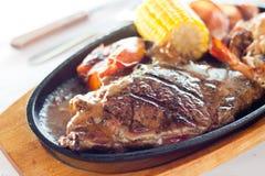 Grésillement du bifteck Image stock
