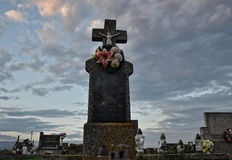 Grób, nagrobek W/cmentarzu, cmentarzu/ Wszystkie świętego dzień, Wszystko/Święcimy/1st Listopad Zdjęcia Stock