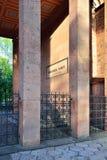 Grób Niemiecki filozof Immanuel Kant przy lato zmierzchem kali Fotografia Stock