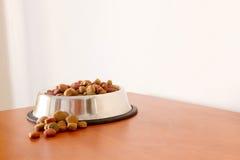 Grões do alimento para cães de Coulourfull Foto de Stock Royalty Free
