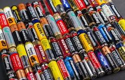 Größe der Batterien AA Stockfotos