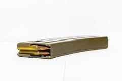 Größen 5 Zeitschrift mit 56 Millimeter-Gewehrkugeln Stockfotografie
