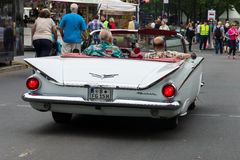 Größengleichkabriolett auto Buicks LeSabre, 1959 Stockfotografie