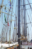 Größensegelschiffe am Kai stockbild
