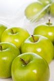 Grön äpplecloseup Arkivfoton