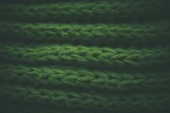 Grön abstrakt textur och bakgrund Gräsplan stucken textur och bakgrund för formgivare Makrosikt av stack fibrer Royaltyfri Fotografi