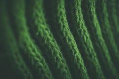 Grön abstrakt textur och bakgrund Gräsplan stucken textur och bakgrund för formgivare Makrosikt av stack fibrer Arkivfoto