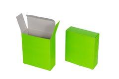 Grön ask två med locket isolerad ask för öppen eller dokument med olika förslagpacke Arkivfoto