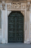 Grön dörr 1 Fotografering för Bildbyråer