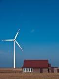 Grön energi för ett landshus Arkivbild