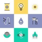 Grön energi och uppsättning för elektricitetspictogramsymboler Royaltyfria Bilder