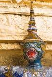 Grön framsidaapa i templet av Emerald Buddha Fotografering för Bildbyråer