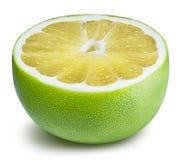 Grön grapefrukt, raring, vit grapefrukt på vita lodisar Fotografering för Bildbyråer