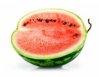 grön hälft isolerad mogen skivad vattenmelon Arkivbild
