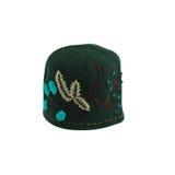 Grön hatt med blom- broderi Fotografering för Bildbyråer