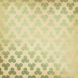 Grön keltisk Triskele bakgrund Arkivfoton