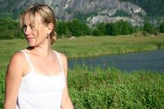 grön kvinna för bygd Fotografering för Bildbyråer