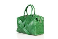 Grön kvinnahandväska som isoleras på vit bakgrund Royaltyfria Foton