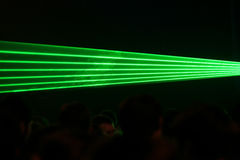 grön laser för strålar Arkivbilder
